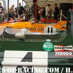 N°11 - GOETHE Roald - McLaren M14A - 1970 & N°4 - GIROIX Fabien - Brabham BT26 - 1969 - Paddock - Série E