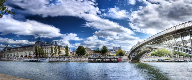 Musée d'Orsay et la passerelle Léopold-Sédar Senghor