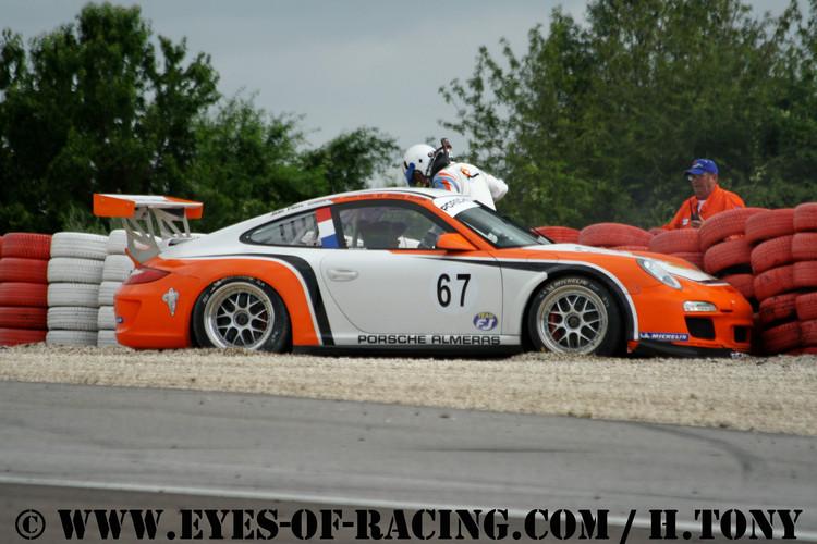N°67 - ALLOIN Jean-Louis - ALOIN Jeremy - Porsche 997 Cup - PORSCHE ALMERAS - GT/Tourisme - Série V de V FFSA DIJON 2012