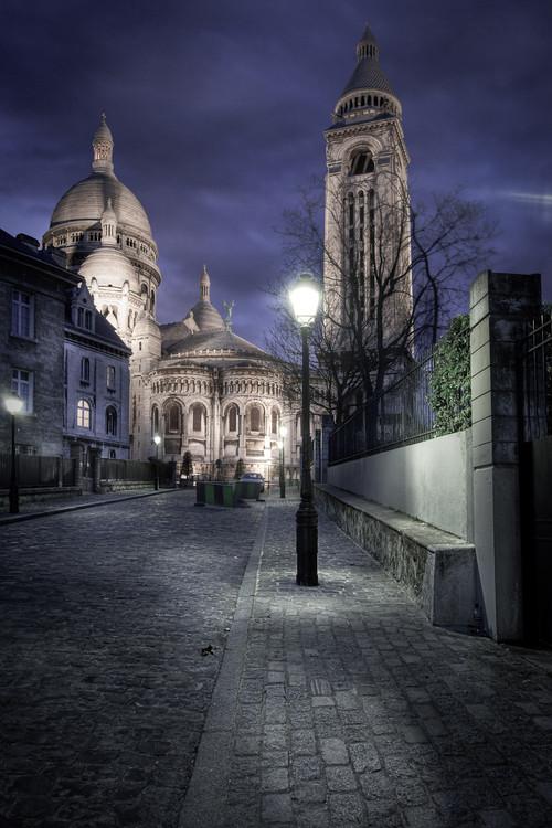 Rue de Montmartre avec le Sacré Coeur