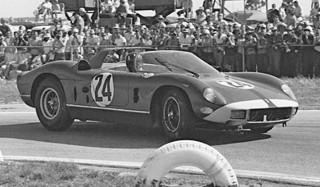 Sebring 1964 Ferrari 330 P-64 Hill Bonnier