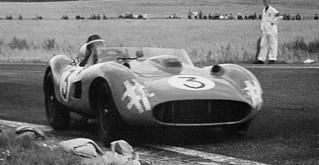 1957 GP de Suède 335 Sport Hawthorn-Musso