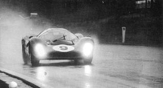 Spa-Francorchamps 1967 Ferrari 330 P4 Scarfiotti Parkes